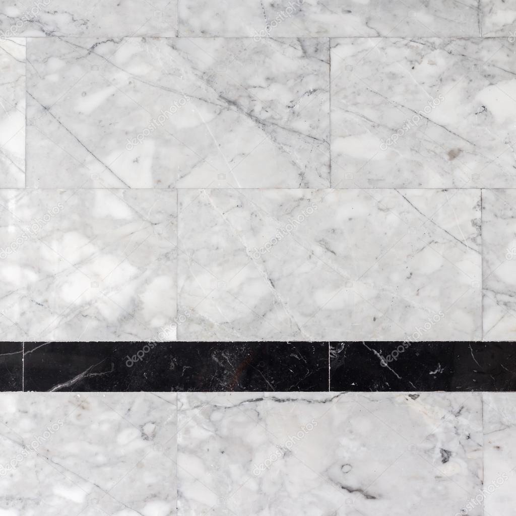 Piedra de m rmol gris de la pared en el cuarto de ba o for Marmol gris textura