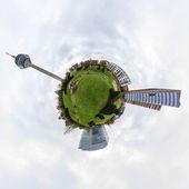 Kleinplanetenpanorama des medienhafens in düsseldorf, deutschland