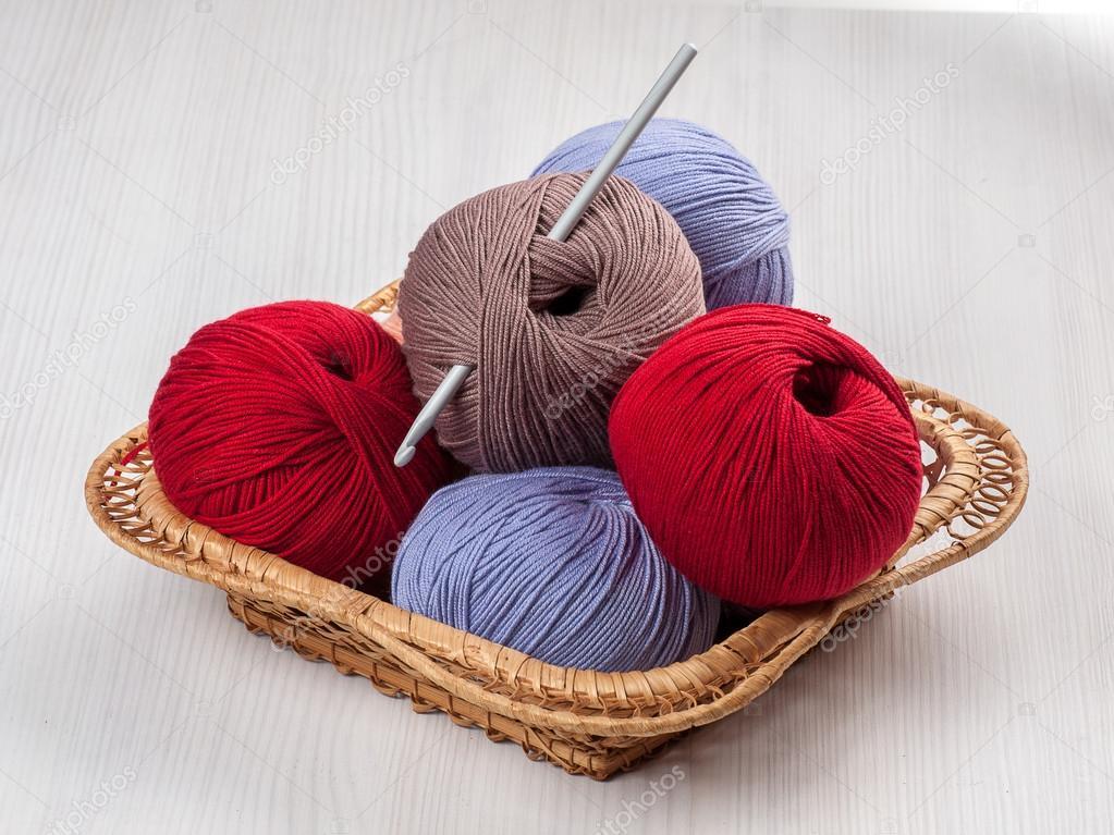 Crochet Hook And Yarn Stock Photo Droonny 105639336
