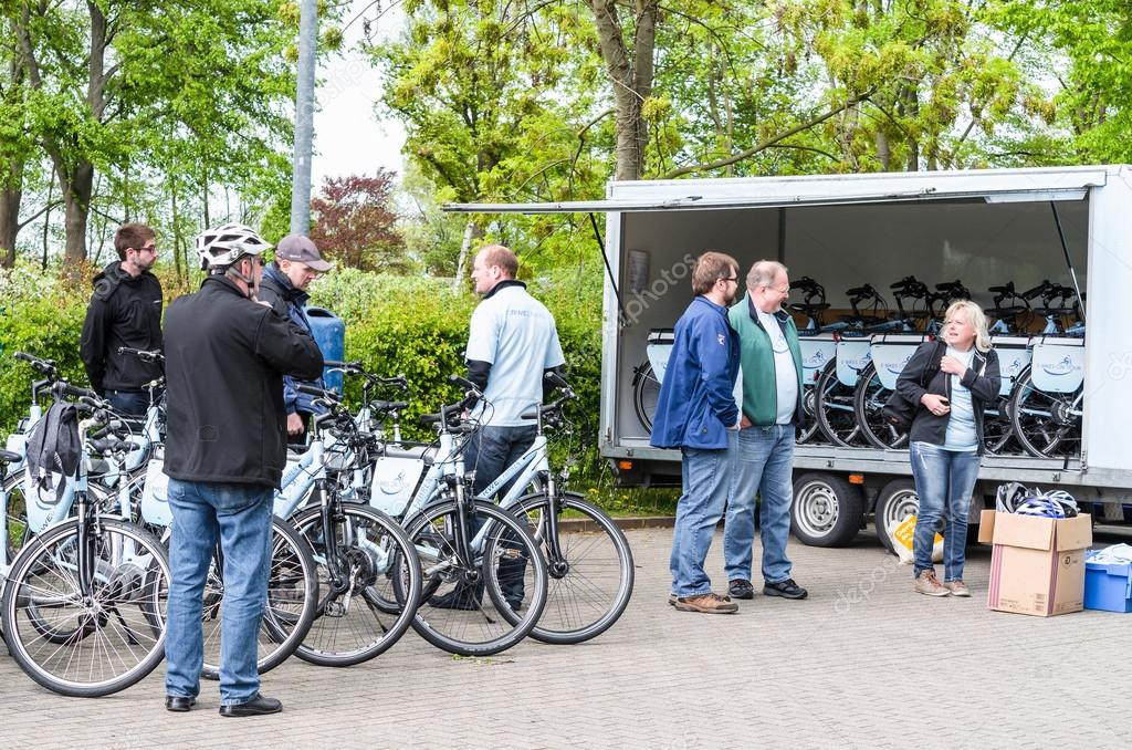 Bicycle tour with artificial heart patients of Elisabeth-Kranken
