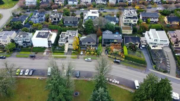 Felülről lefelé kilátás Vancouver szomszédságában egy kis házak