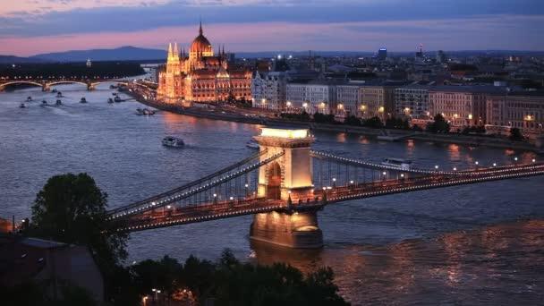 Légi felvétel Budapest és Duna partján, Magyarország