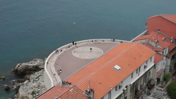 Timelapse vista città di Nizza in Francia. Resort di lusso della Costa Azzurra.