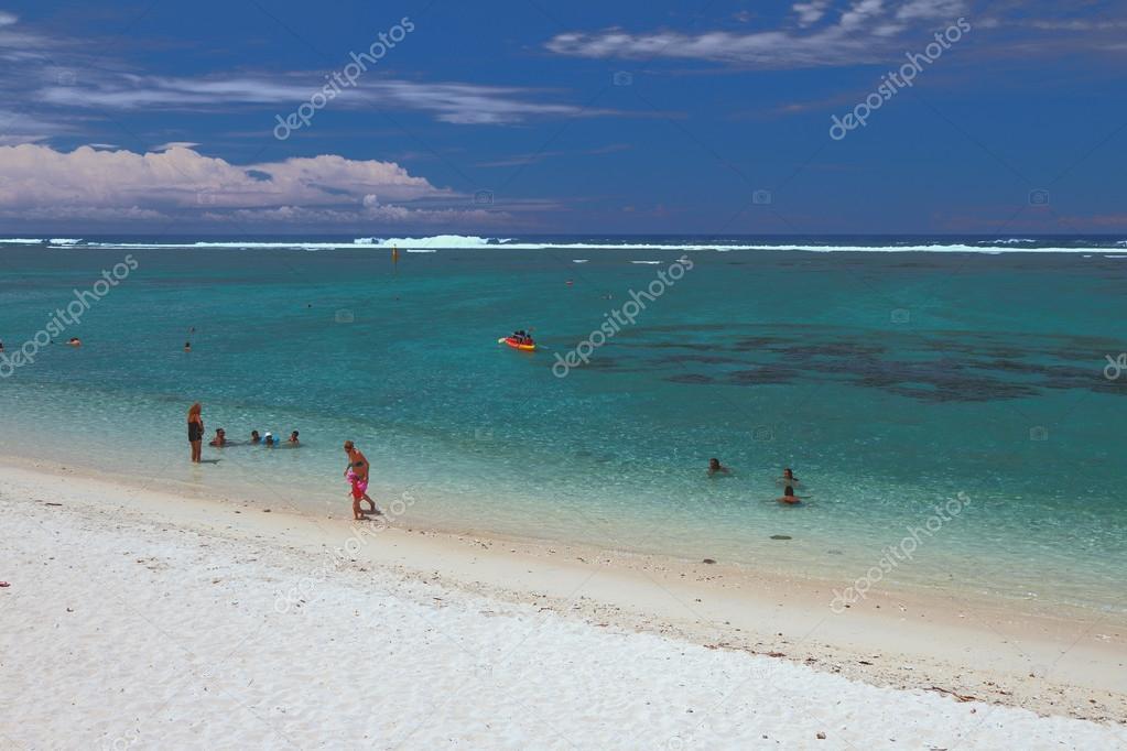 Beach and ocean. Lagoon Hermitage, Reunion