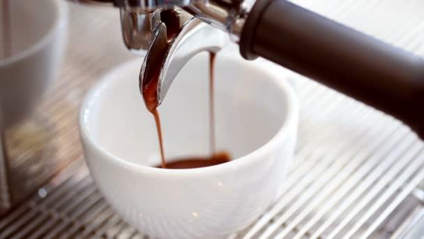 szakadó coffee.coffee gép
