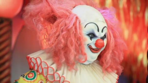 Akce panenka strašidelný klaun s úsměvem
