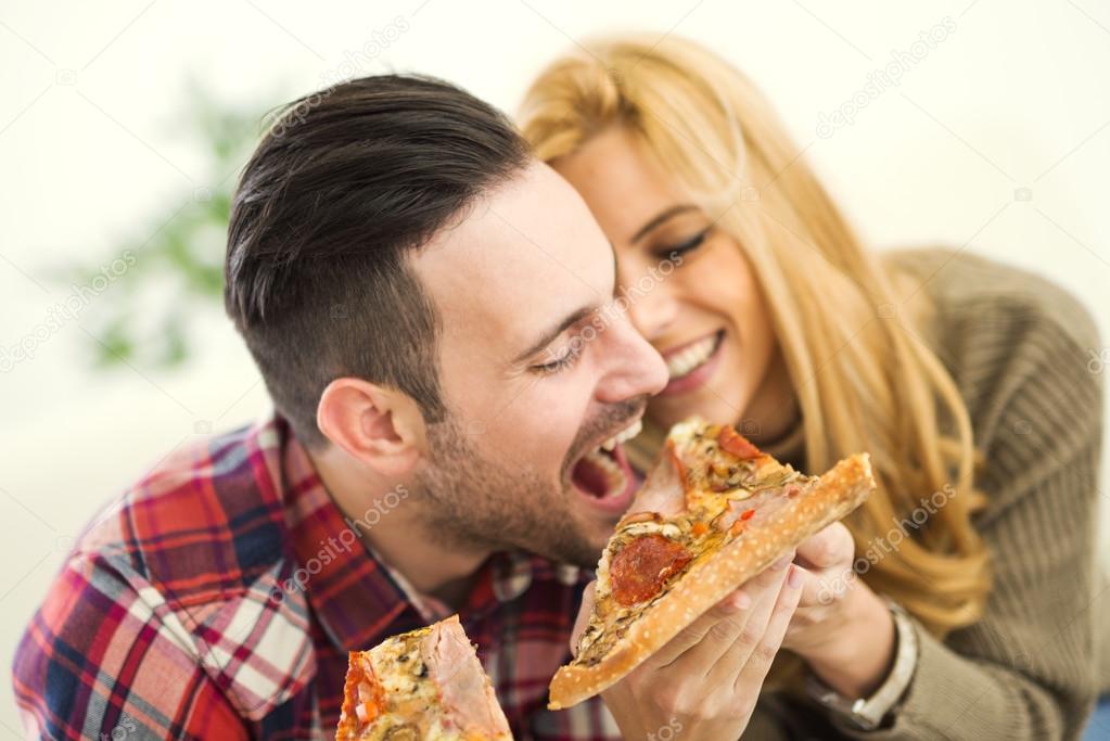 Imágenes: Parejas Comiendo