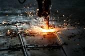 Průmyslový Laser řezání kovů s jiskry