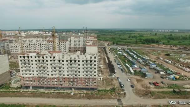 Letecké záběry budování nových spacích místnostech