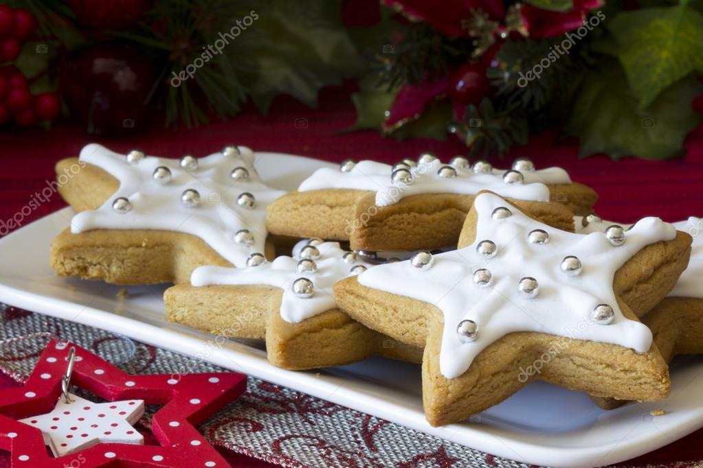 Decorado Navidad Estrellas Galletas En Una Placa Fotos De