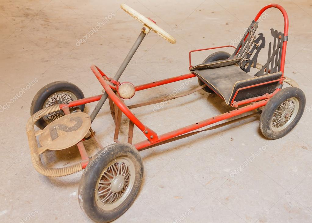 an old go-kart for children — Stock Photo © 061263 #103767424