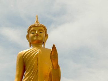 Golden Buddha The attitude of persuading the relatives not to qu