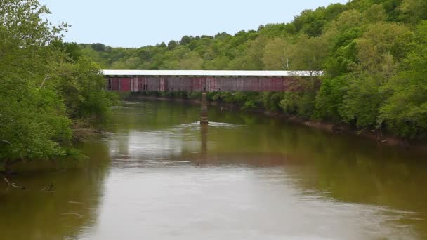 Pohled na Williams Covered Bridge v Indianě, Spojené státy