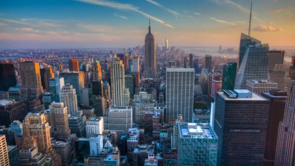 A beautiful timelapse of nightfall in the heart of Manhattan