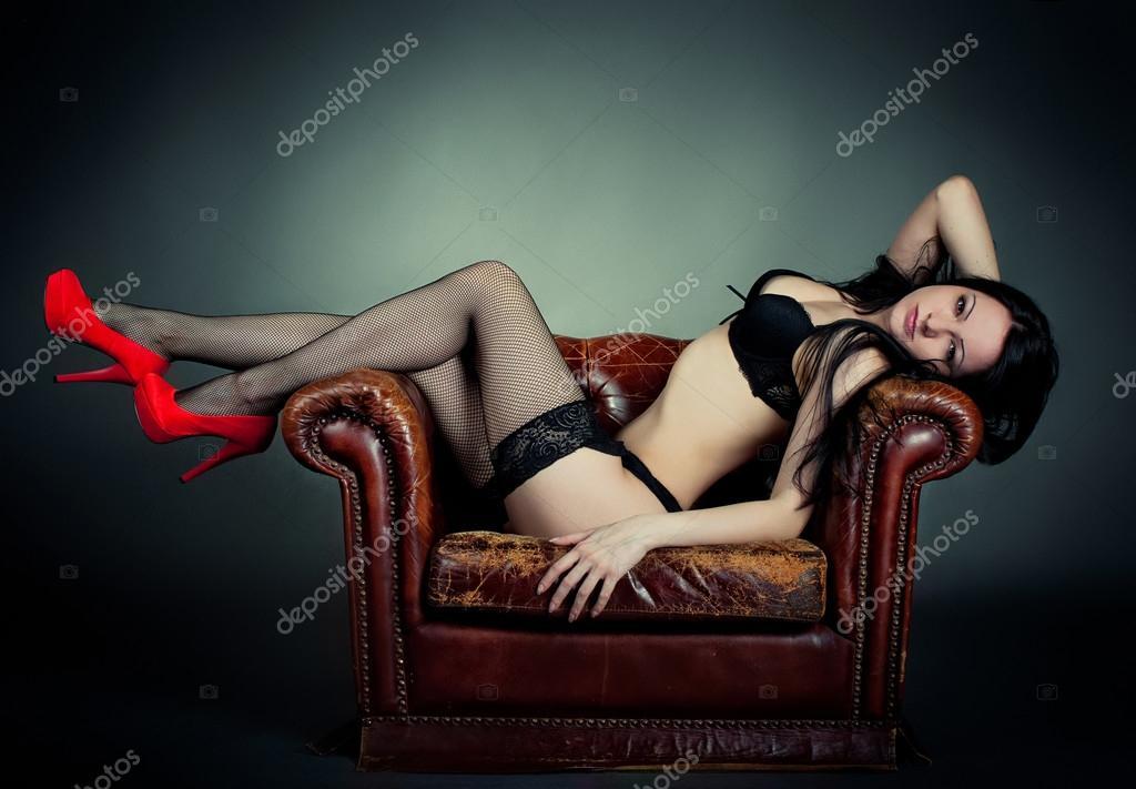 Обои Чулки Девушки На Стол
