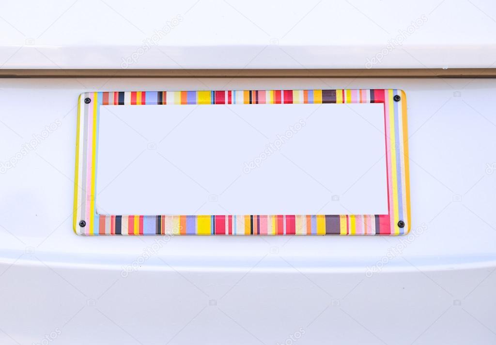 Nummernschild des Autos mit Regenbogen Farbe Rahmen — Stockfoto ...