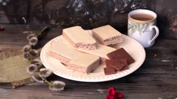 čokoládové oplatky na desku na dřevěný stůl ruční brzdu, Vrba, Zátiší