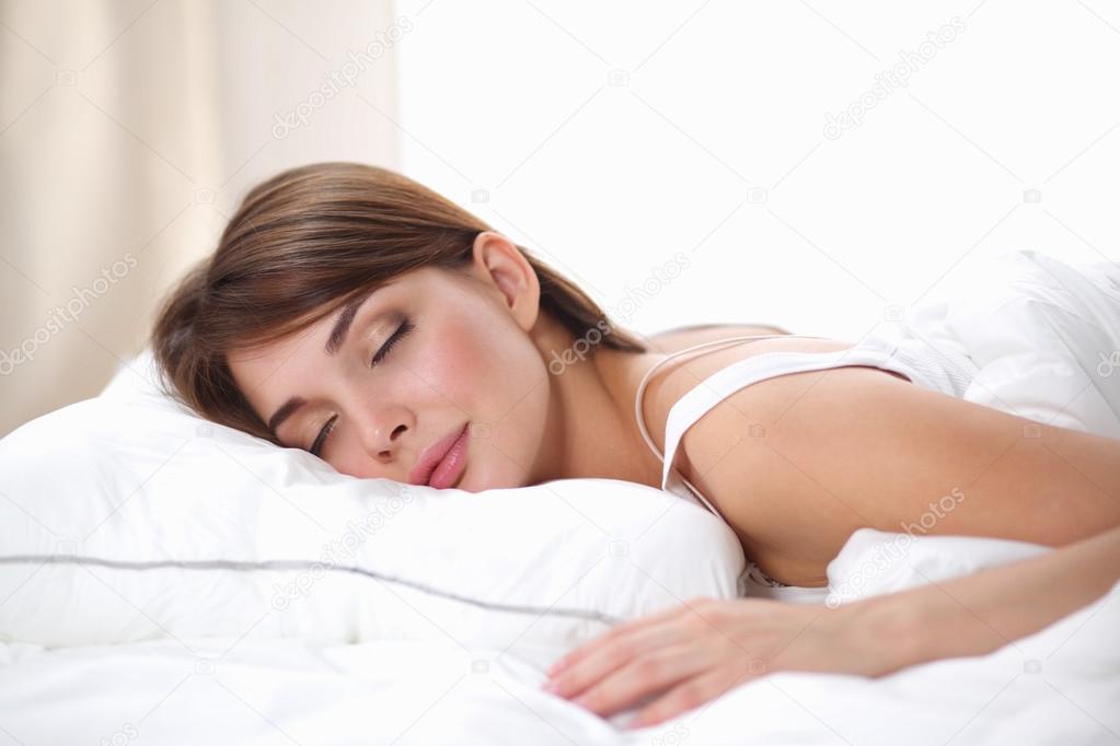 Junges Mädchen, Das Im Krankenhaus-Bett Liegt Stockbild