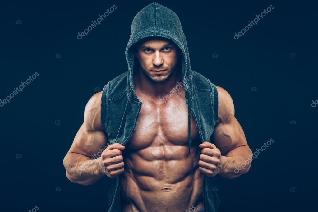depositphotos_94112872-stock-photo-man-with-muscular-torso-strong.jpg