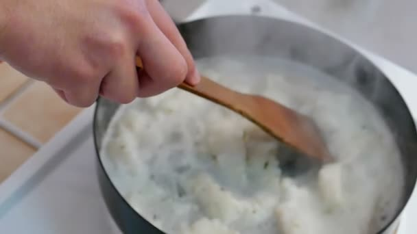 Professional Cooking in Slow Motion