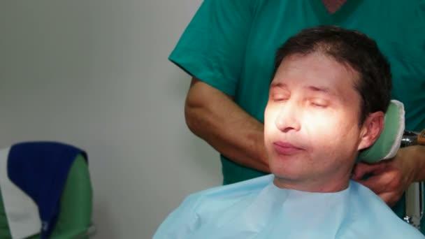 Mending patients teeth