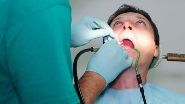 Beteg foltozó fogak