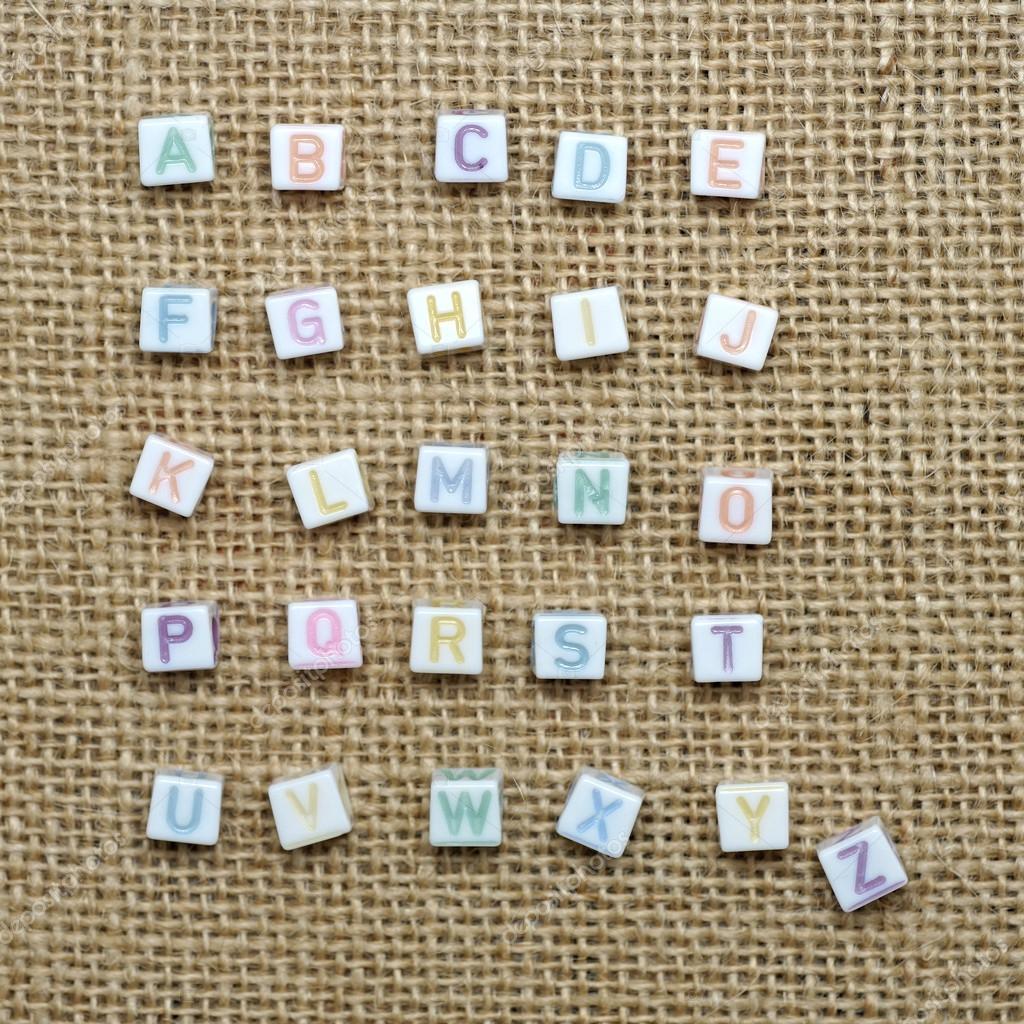 Alphabet Anglais D A A Z Sur Fond De Toile De Jute Photographie