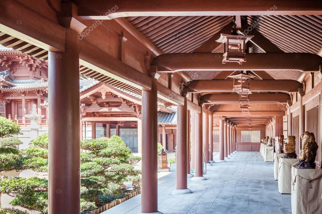 interieur van een chinese tempel stockfoto