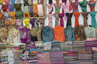 Pashmina scarves grand Bazaar Istanbul