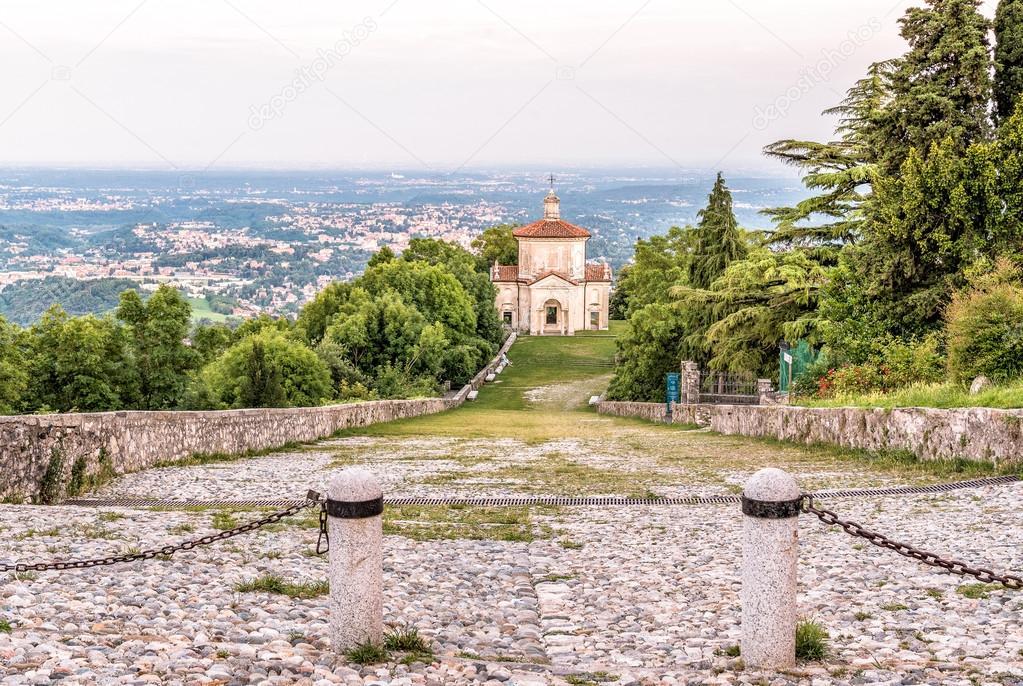 Sacro Monte di Varese of Heilige Mount, Italië — Stockfoto © elesi ...