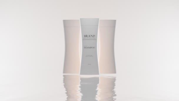 Šampon láhev etiketa design na bílém pozadí, vlasový kosmetický výrobek. Nastavit prázdné kosmetické plastové obaly pro tekuté mýdlo, mléko, sprchový gel, tělové mléko. Realistická maketa šablony, odraz ve vodě.