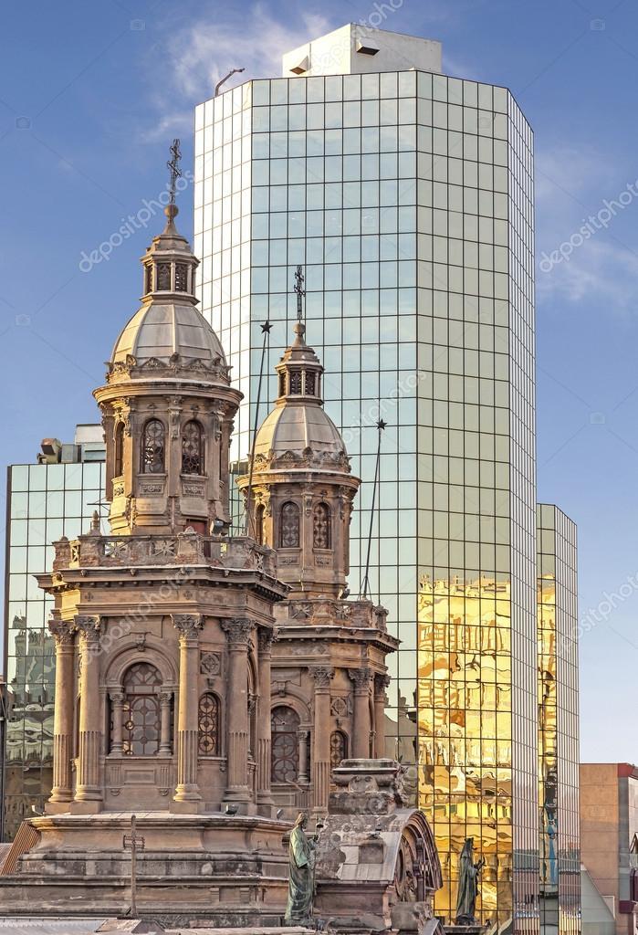 Im genes edificios historicos edificios hist ricos y for Construccion de piscinas santiago chile