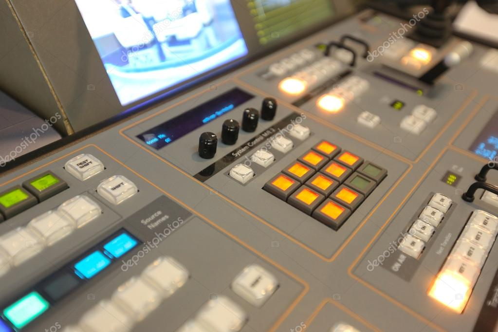 TV broadcasting, working with video and audio mixer