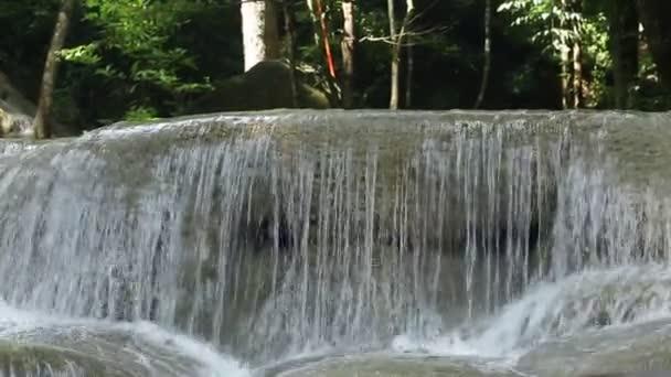 vodopády v Thajsku