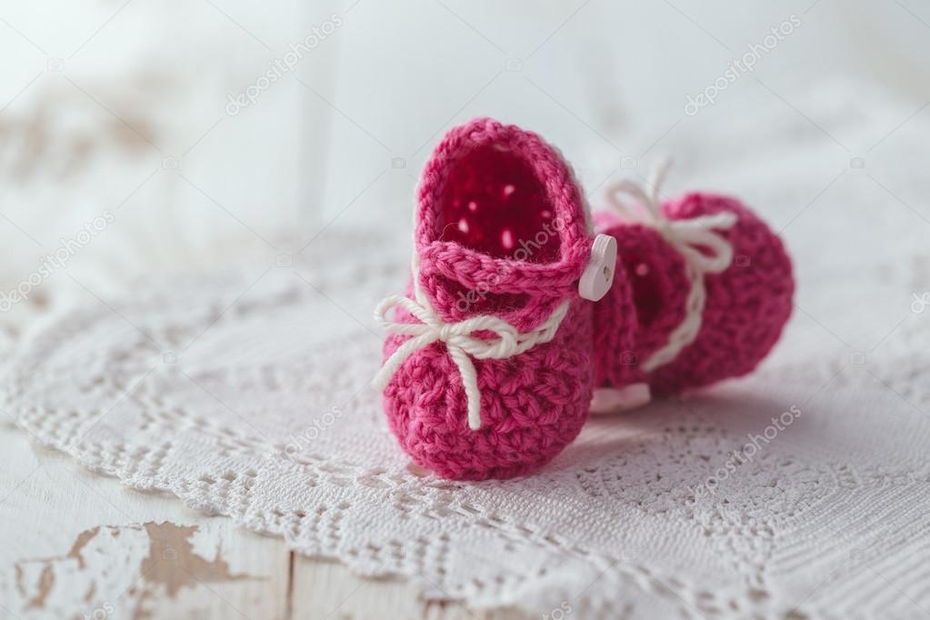 häkeln Baby booties — Stockfoto © Melica #100696112