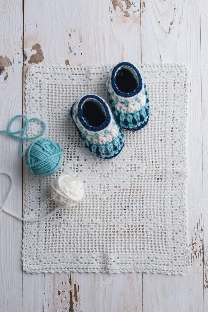 häkeln Baby booties — Stockfoto © Melica #100701750
