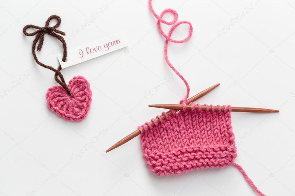 Amor etiqueta de hilado y tejer proyecto — Fotos de Stock © Melica ...
