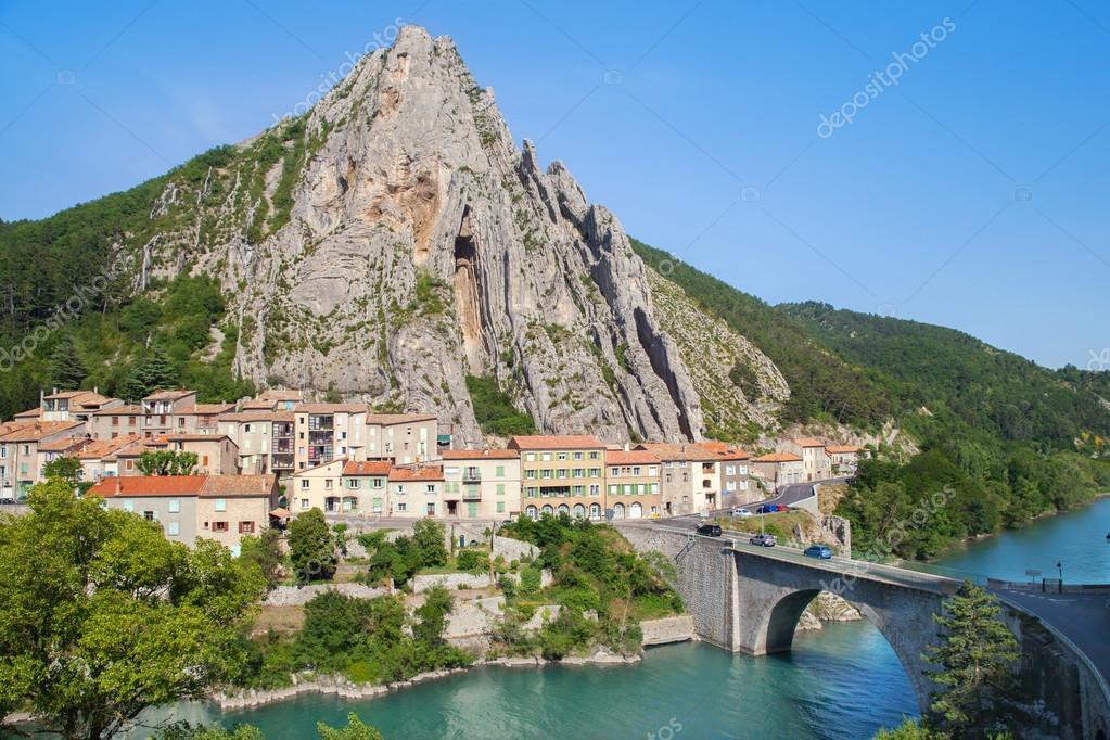 View at mountain city Sisteron
