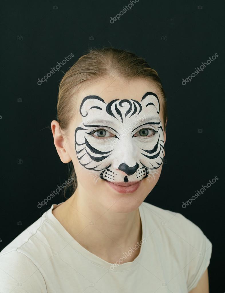 Maquillage tigre blanc - Maquillage blanc visage ...