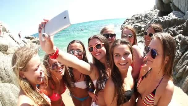 csoport a lányok selfie