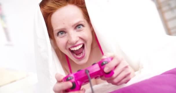 fiatal nő videojátékok