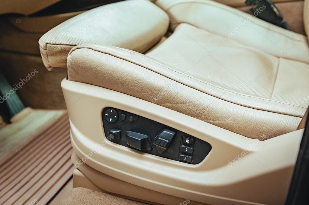 knoppen voor het aanpassen van zetel positie auto interieur detail foto van azz