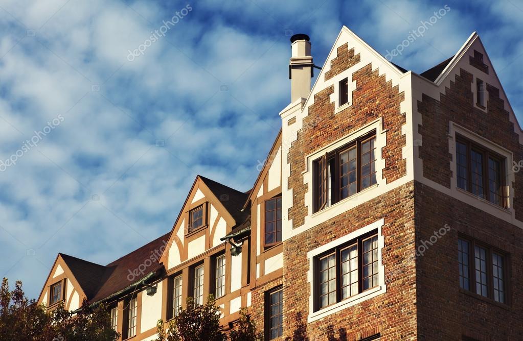 Maison De Brique Rouge Photographie Artnature C 60791467