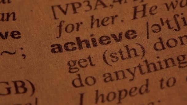 parola di raggiungere in un dizionario