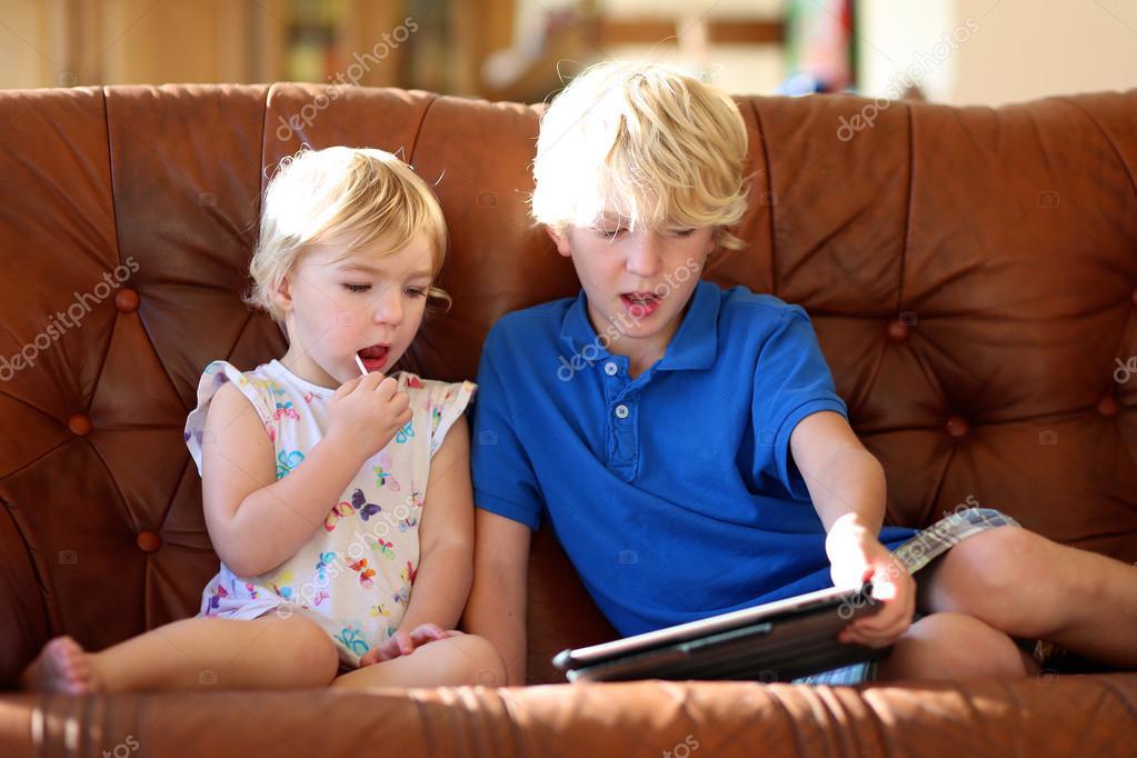 смотреть онлайн инцест брат с сестрой