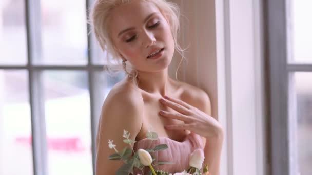 Beautiful,  feminine bride.