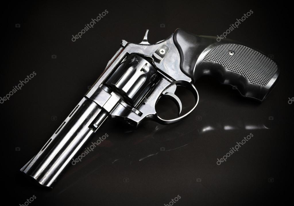 Tabanca Silah Siyah Arka Plan üzerine Stok Foto Ovydyborets