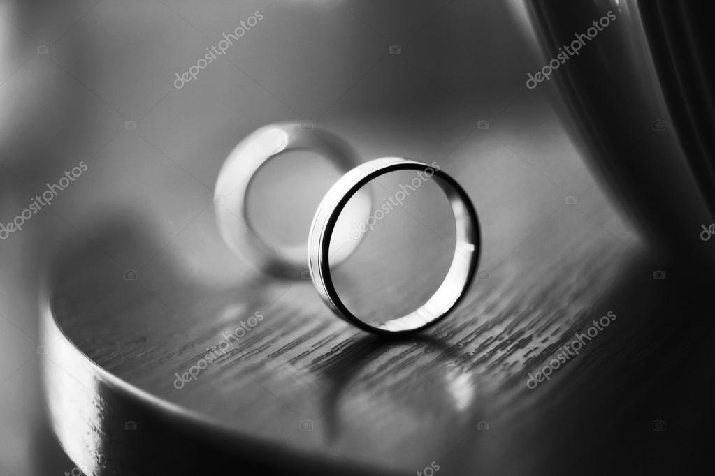 Hochzeitsringe Stockfoto C Arvitalyaa 71357639