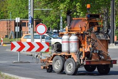 Gaz yakıcı araç yol yapımı