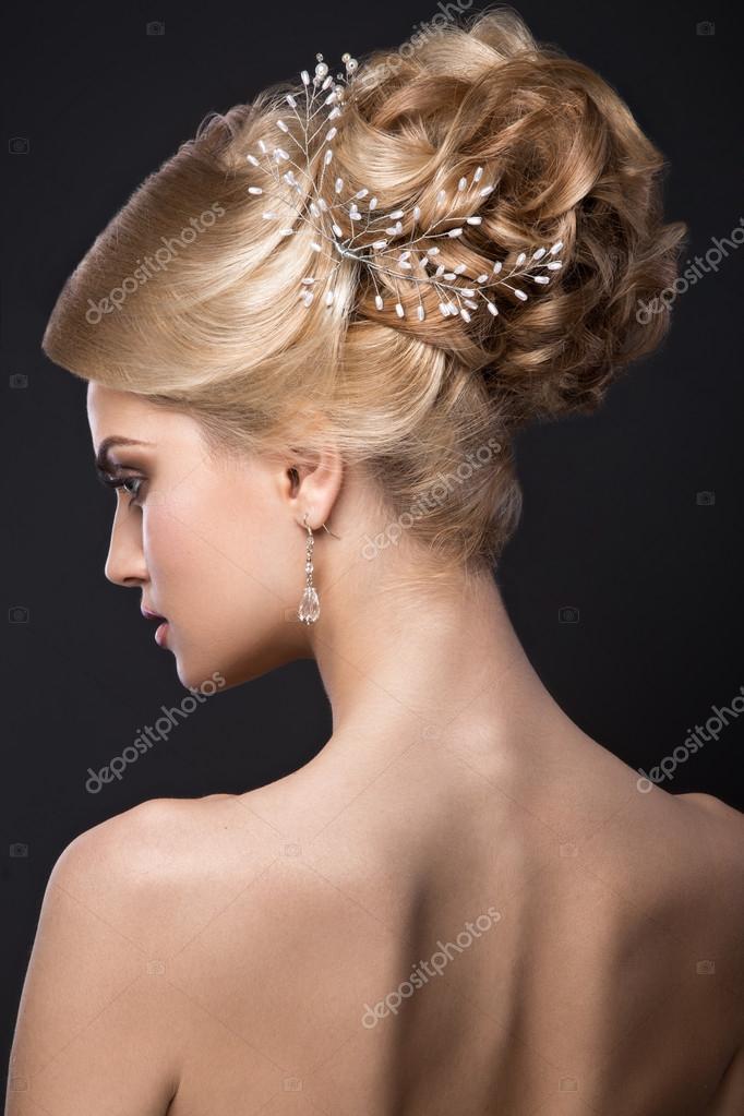 Джинсах фото девушек блондинок вид сзади эротических салонов парне порно